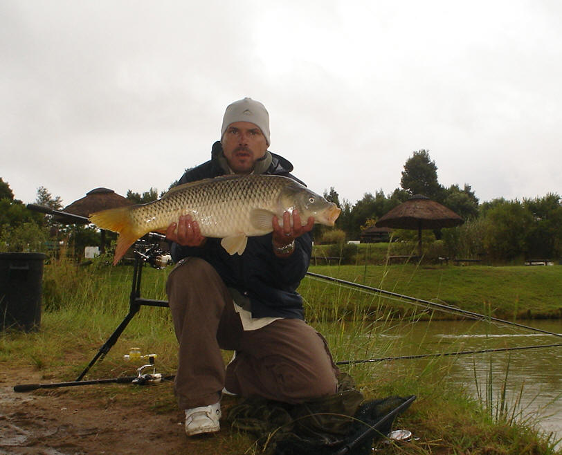 how to make floaties for carp fishing