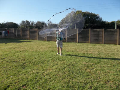 How to cast a throw net